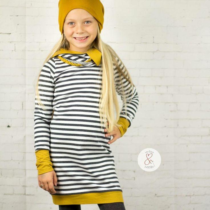 """""""Als Schulkind braucht man coole Klamotten, Mama"""" - Na dann, ist das cool genug? Genäht habe ich das Kleid #nike von #fadenkäfer aus dem #frenchterry #vintagestripes von #glückpunktshop. Ihr bekommt diese Artikel am Sahneschnitten Wochenende billiger ❤️❤️❤️#designnähen #hobbyfotograf #tocoolforschool #herbstoutfit #autumnoutfit #nähen #nähenistwiezaubernkönnen #nähenistliebe #nähenmachtglücklich #nähenisttoll #nähenmachtspass #sewing #sewingblogger #nähenfürkids #nähenfürmädchen…"""