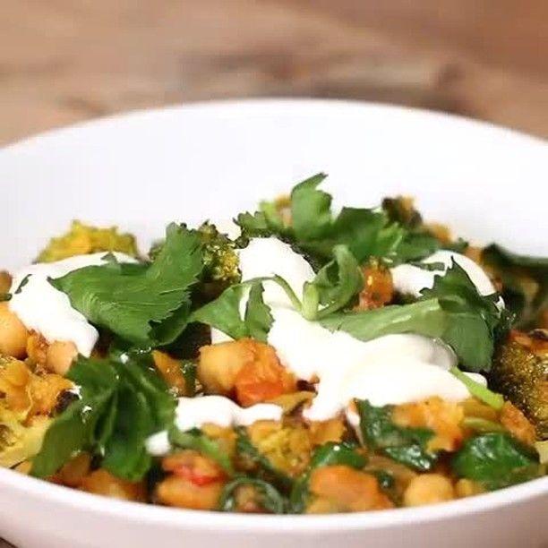 Curry de garbanzo de menos de 300 calorías.