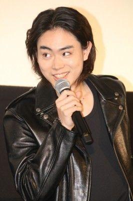 菅田将暉「尻と尻の間の見えないタマを探した」と言われて爆笑 (Movie Walker) - Yahoo!ニュース