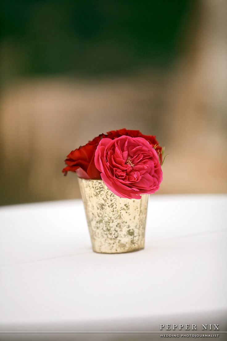 red pink gold simple centerpiece