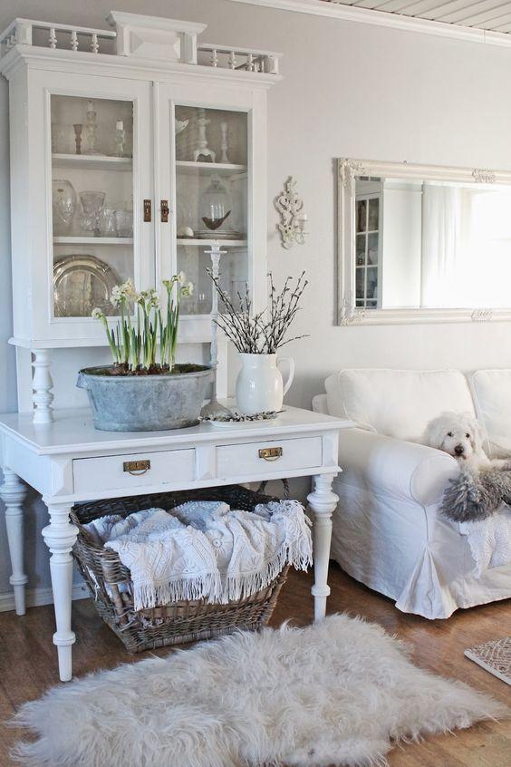 Oltre 25 fantastiche idee su soggiorno shabby chic su - Mobili country chic ...