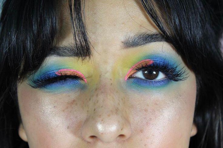 "189 Likes, 1 Comments - Karla Garcia (@karlitacosita) on Instagram: ""last shot from this look i promise •  EYES  •the @urbandecaycosmetics #UDxBasquiat tenant eye…"""