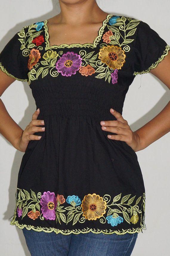 Embroidered mexican folk blouse bohemian Frida por ElPueblo en Etsy, $315.00