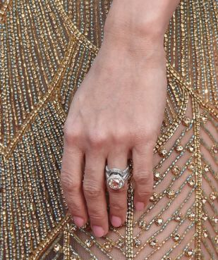Mer enn 25 bra ideer om Carrie underwood wedding ring på Pinterest ...