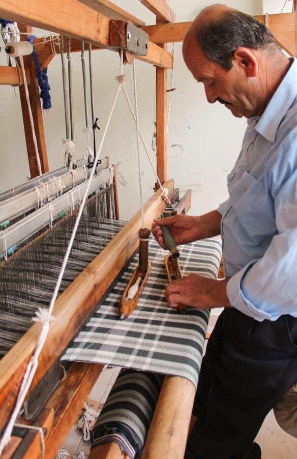 Everyone always asks about weaver/loom shots.  Here's one more for you.  Our beloved limited edition City Classic pestamel, exclusively at Jennifer's Hamam, being woven by one of our master artisan weavers.    #jennifershamam #Turkish #pestamel #pestemal #cotton #organic #towel #scarf #tablecloth #curtain #designer