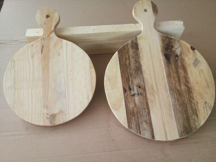 Ronde serveerplanken van pallethout