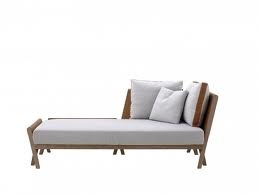 Meridienne sofa by antonio citterio chaise longue for Canape shoes italy