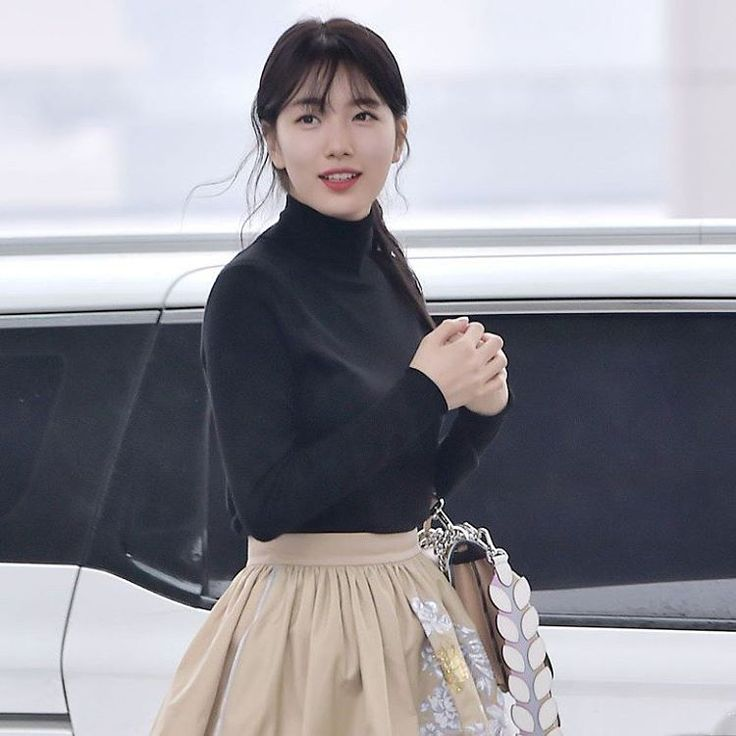 "1 Likes, 1 Comments - Bae Suzy (배수지) (@withsuzy) on Instagram: ""[PRESS] 170222 Suzy @ Incheon Airport off to Milan, Italy to attend Fendi fashion show _ FOLLOW…"""