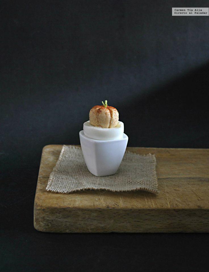 Te explicamos paso a paso, de manera sencilla, la elaboración de la receta de huevos calabaza para Halloween. Ingredientes, tiempo de elaboración...