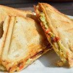 Gebackene Avocado mit Ziegenkäse - Katha-kocht!