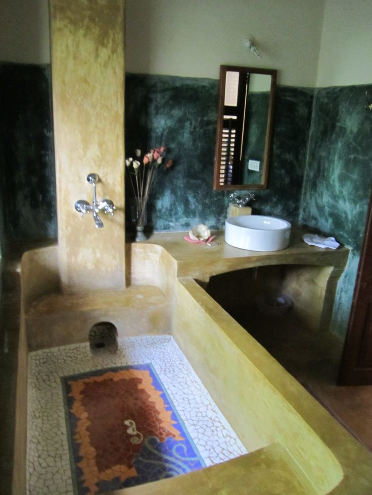Capella Goa- The entire bathroom has been given an authentic Portugese feel, especially the tub