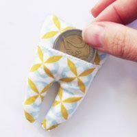 Votre enfant commence à perdre ses dents de lait et vous cherchez une idée de création pour le passage de la souris ? Confectionnez cette adorable pochette!