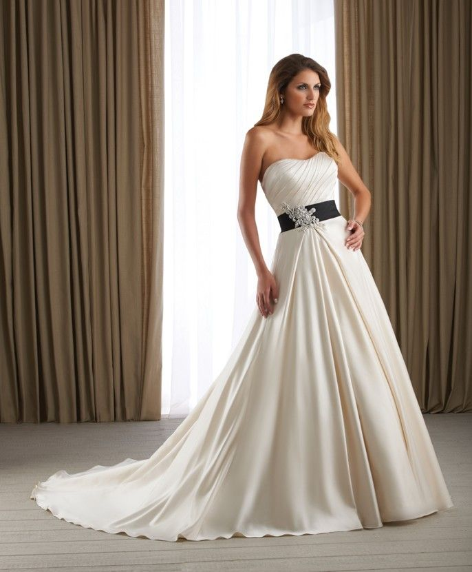 Wedding Dresses Cheap With Sleeves Tulle 2013 Ivory A Line Arrival Strapless