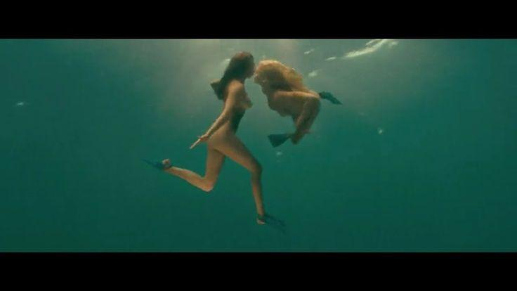 Piranha 3D - Underwater Scene - Kelly Brook and Riley Steele
