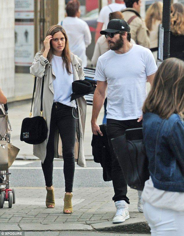 Jake Gyllenhaal and girlfriend