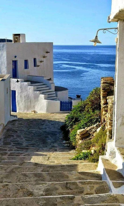 Sifnos, Greece georgiapapadon.com