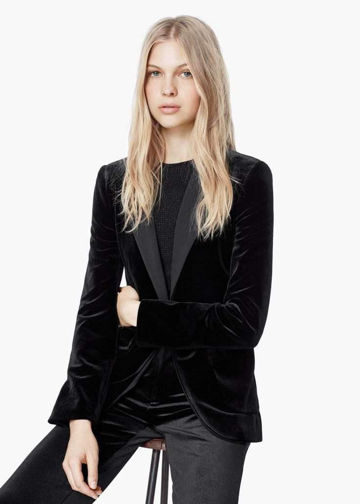 Best 25  Black velvet blazer ideas on Pinterest | Black velvet ...