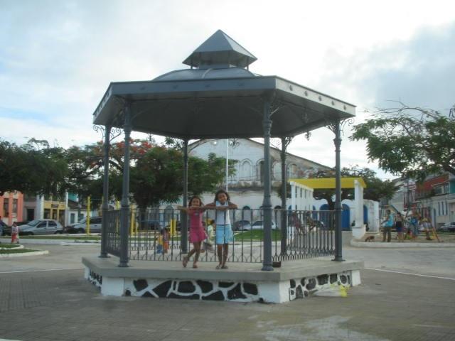 """Largo de Santo Antonio Além do Carmo, Salvador/Bahia - Gosto de infância, carinho de avó, de irmãs, de """"babá"""", de """"guaraná Fratelli Vita""""  :-)"""
