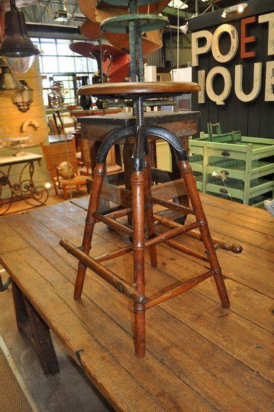 rare-architect-stool-circa-1900 Nord Ouest Antiquités