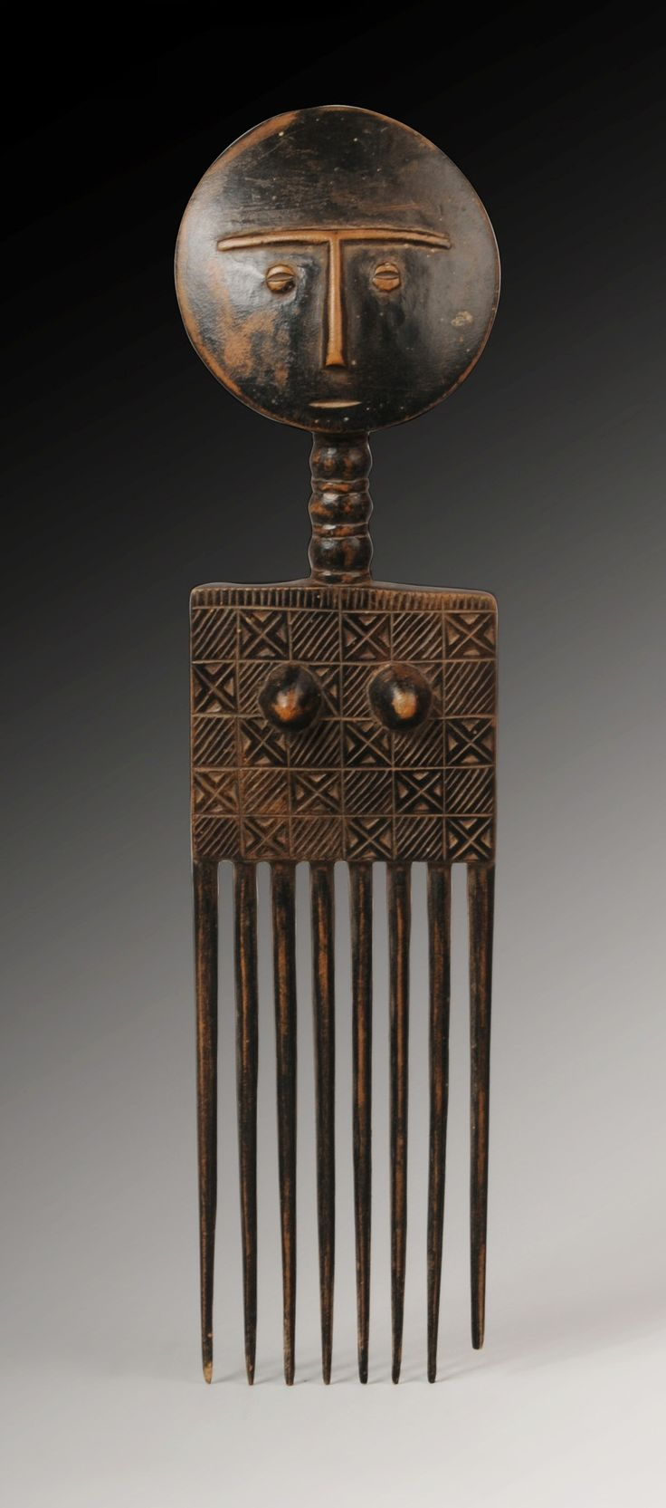 Africa | An Ashanti Comb, Ghana | first half 20th century