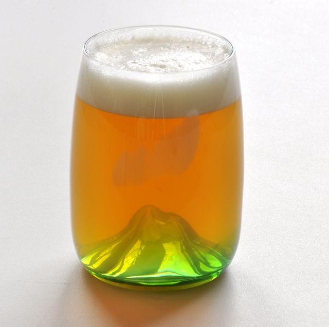 夕焼け小焼けで日が暮れて・・・after pouring in beer...