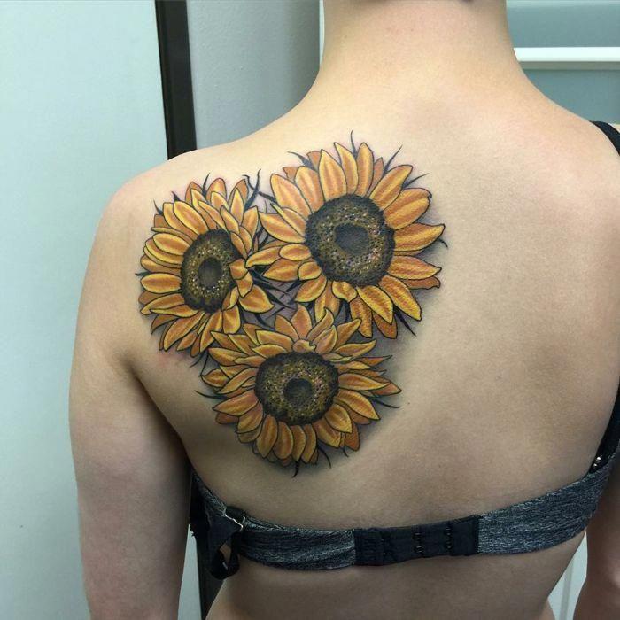 Tatuaje Flor De Loto Tatuaje Grande Espalda Mujer Tres Girasoles De