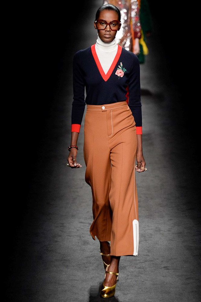 Gucci F/W '16  can't resist a v-neck with embroidery