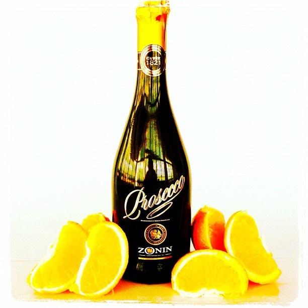 Day 18: Orange #zonin #prosecco #photooftheday #best #wine #iphone #photoaday #bestoftheday #photoadayapril #challenge #instagram #popular #fatlmumslim #soho #happy #orange #drink - @zoninprosecco- #webstagram