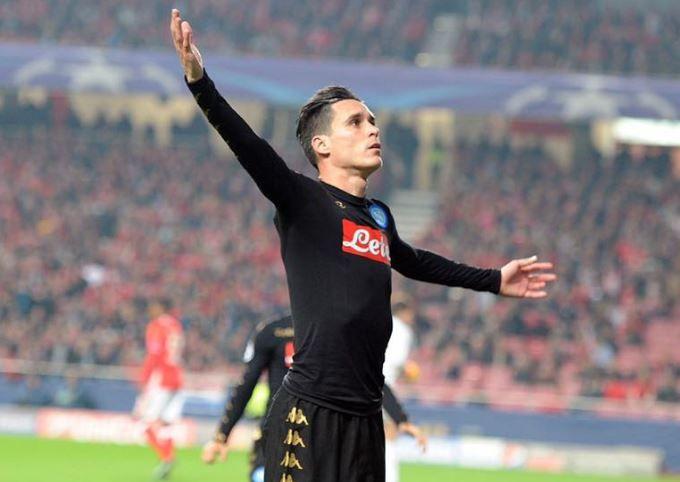 Gli stacanovisti d'Europa, i 10 giocatori che ogni allenatore vorrebbe in squadra - http://www.contra-ataque.it/2016/12/20/callejon-stacanovisti-messi-ronaldo.html