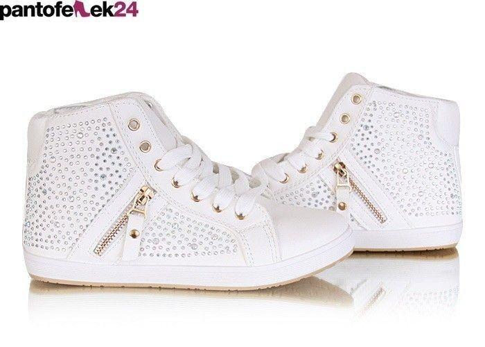 Białe trampki z krysztalkami / White sneakers with crystals / 39,90 PLN #sneakers #summer #white #trampki #crystals #autumn #spring #wiosna