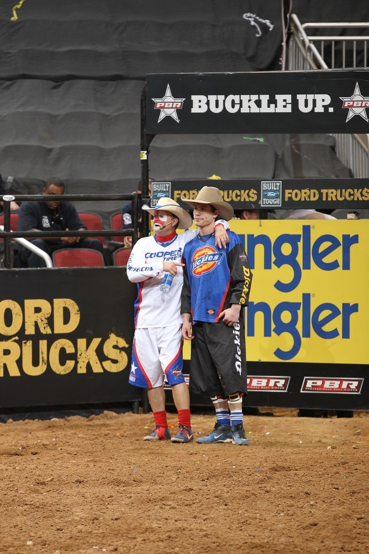 Flint Rasmussen and Jesse Byrne during the second round of the Glendale Built Ford Tough series PBR. Photo by Andy Watson