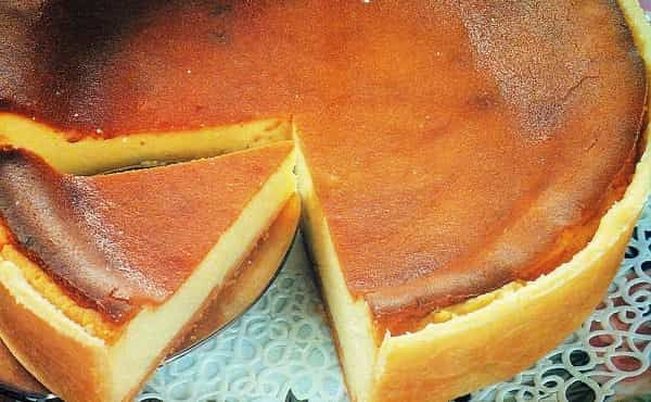 Bolo de Queijo Branco - https://www.receitassimples.pt/bolo-de-queijo-branco/