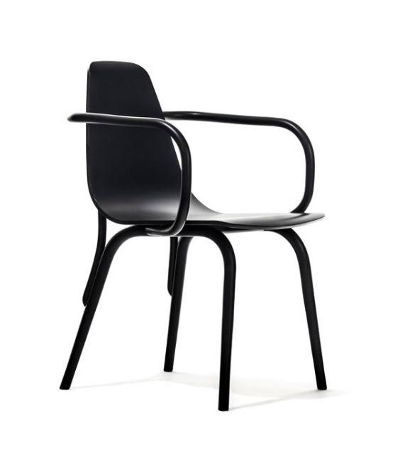 Ξύλινη πολυθρόνα μοναδικού σχεδιασμού Βιενέζικου στυλ. Είναι κατασκευασμένη από 100% μασίφ ξύλο οξιάς. link : http://amass.gr/πολυθρόνες-6007.html website: www.amass.gr
