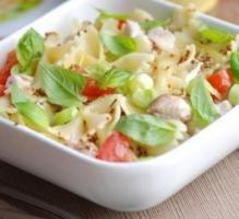 Recette - Salade de pâtes papillons au St Môret - Notée 4/5 par les internautes