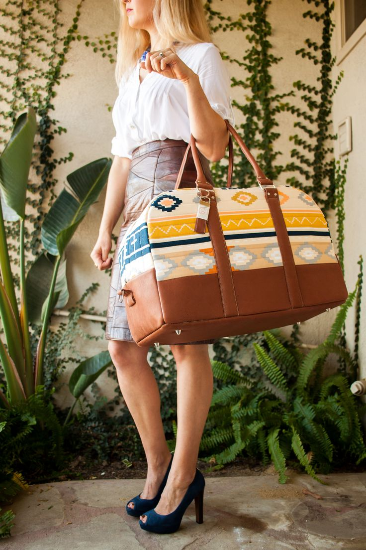 Bound Challenge – GPS Weekender Bag | Ginger Peach Studio. Lovely bag with April Rhodes for Art Gallery fabric.