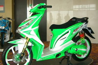 Modifikasi Honda Beat hijau putih
