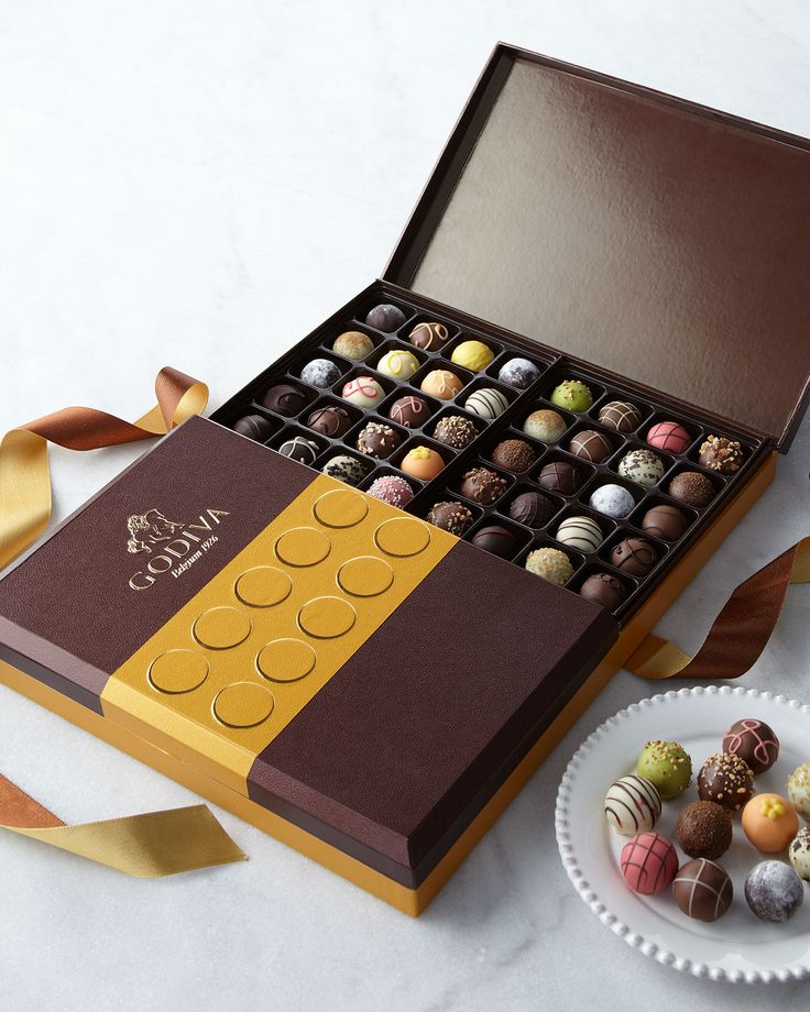Ultimate Truffle Collection, Gold - Godiva