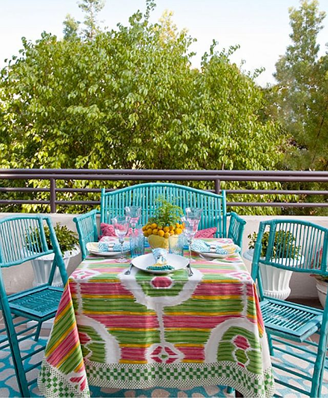 Play on colors..<3: Decor, Outdoor Living, Search, Colorful Outdoors, Summer, Garden Party Outdoor, Fun, Fabric, Colors Tablecloth