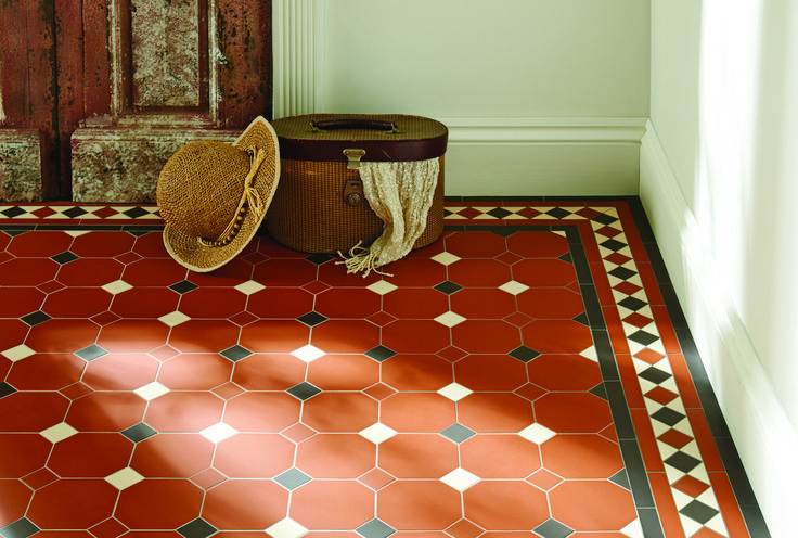 Original Style - Harrogate pattern and modified Kingsley border in Red, Black and White