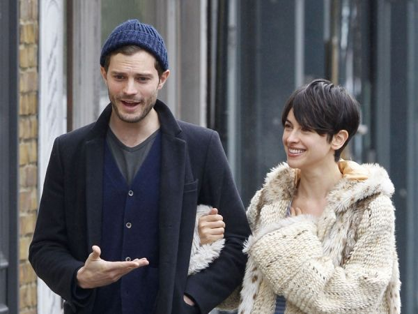 Jamie Dornan And Wife Amelia Warner Have A Starbucks Run In London