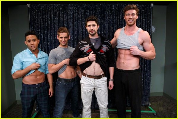 Matt Dallas & Derek Theler Replicate 'Kyle XY' Abs Flash Pose!
