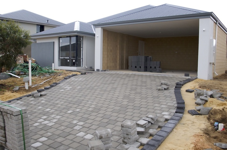 Surfmist render with grey pavers with charcoal trim