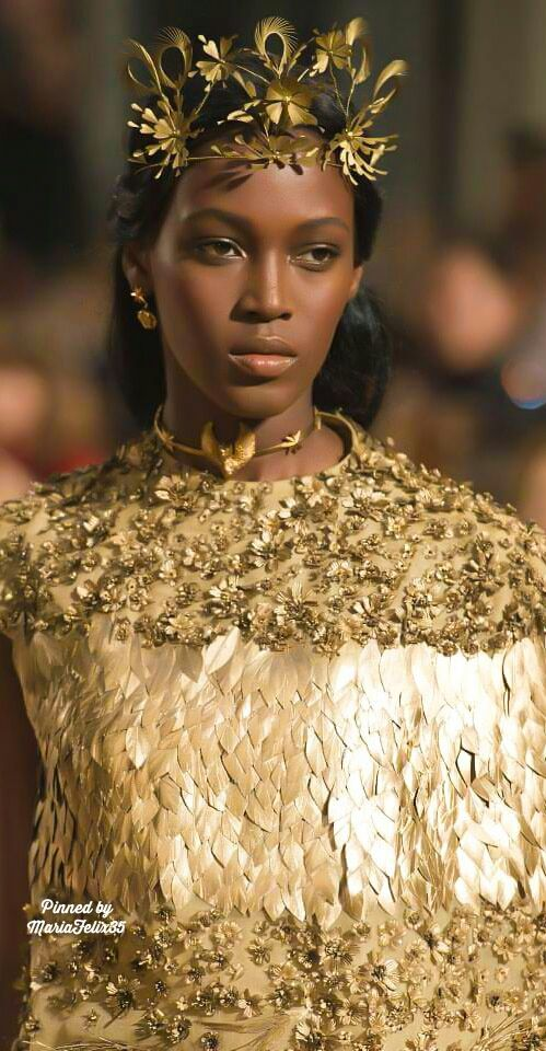 Valentino Fall Haute Couture Details 2015