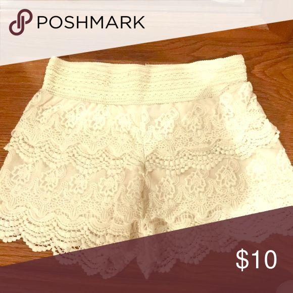 Shorts Cream Laced Shorts Shorts