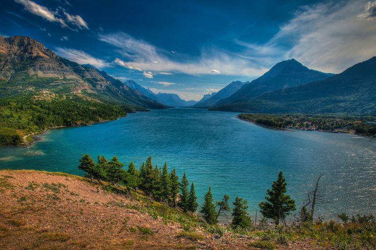 The Natural Wonders of Waterton Lakes National Park ...