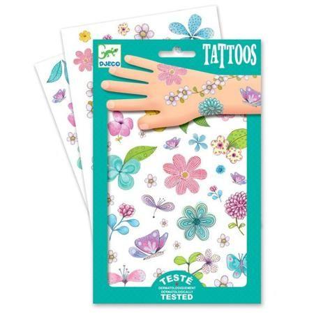 DJECO Татуировки Цветы от 3 лет  — 539р. ----------------------- Детские блестящие татуировки для ребенка Цветы от французской компании Djeco придутся по душе маленьким модникам и сделают их образ необычным и интересным.   Татуировки легко приклеиваются и отклеиваются с кожи ребенка, как наклейки.   Они дерматологически протестированы и безопасны для ребенка, не раздражают кожу.   Украшение себя яркими татуировками станет отличным развлечением для детской вечеринки или веселой игры с…