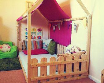 Doppelbett mit Zaun Motel Bettenhaus von SweetHOMEfromwood auf Etsy