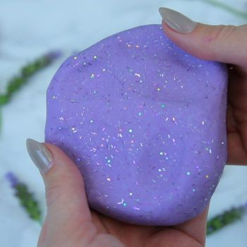 Thrill your senses with this anti-stress lavender putty