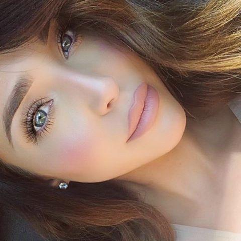 "Soft makeupDipbrow""Soft Brown"" by@anastasiabeverlyhills& Liquid Lipstick ""Pure Hollywood"" by@anastasiabeverlyhills& ""Lolli"" tint by@benefitcosmetics"