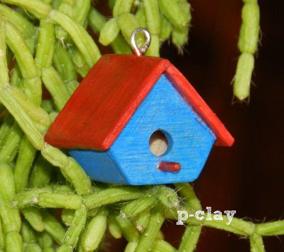 Birdhouse  Nest Box  Bird nest red & blue. Miniature made of wood (1:12) by pclayplay. Casa nido para pajaros roja y azul. Miniatura realizada en madera por Pclayplay (1:12)